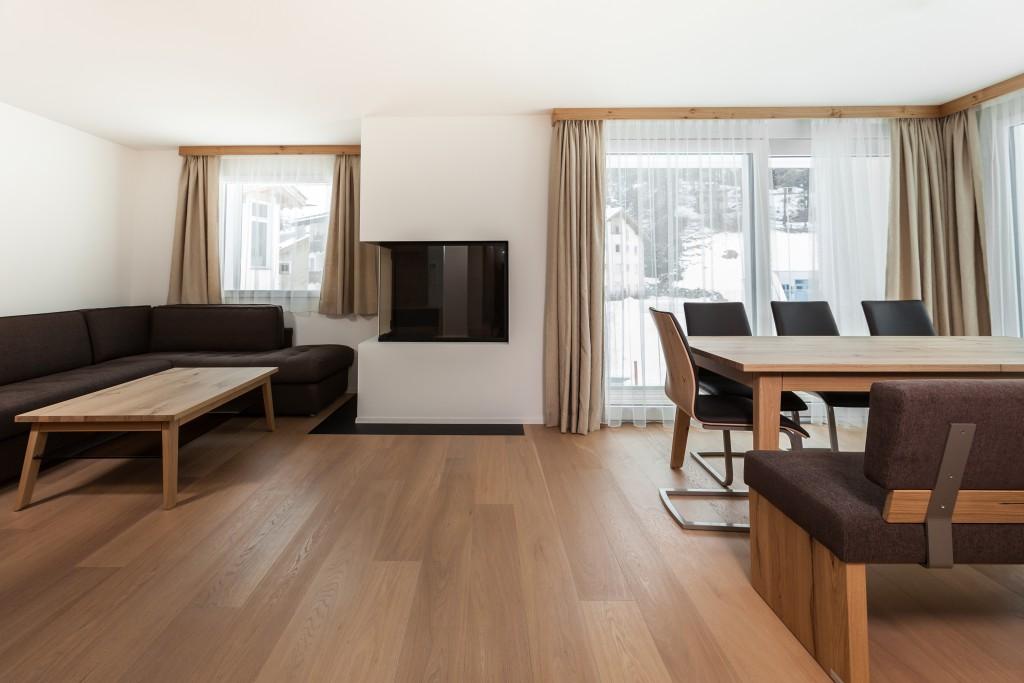 wohnung kaufen in der schweiz wohnanlage in sils maria. Black Bedroom Furniture Sets. Home Design Ideas